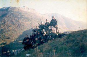 Рејон карауле Ликен, у позадини планина Паштрик