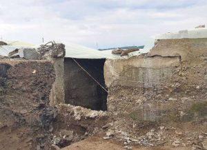 Masovna grobnica otkrivena je na đubrištu na periferiji Đakovice (Foto Simo Spasić)