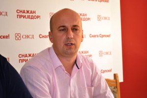 Предсједник приједорског Градског одбора СНСД-а Саша Бурсаћ.