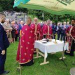 Служењем парастоса код Спомен-крста на Мраковици је данас почело обиљежавање 76 година од Битке на Козари у којој је убијено око 40.000 цивила, а 68.000 их је протјерано и интернирано у логоре.