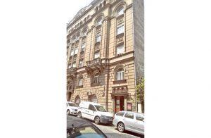 Зграда у Улици краља Петра у Београду (Фото Ј. Чалија)