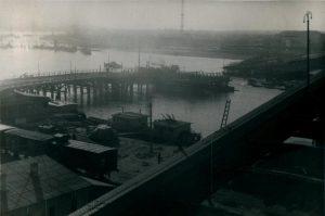 Мост и Сајмиште у позадини. Приватна колекција Душана Напијала