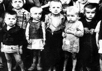"""Srbija naše stradale dece. Maleni taoci i zatočenici mučne istorije hrvatsko-srpskih odnosa, osuđeni na smrt od Pavelića (i svih njegovih), pa na zaborav i nepominjanje od Tita (i svih njegovih), a danas - na """"bežanje od strašnih slika"""" od svih nas koliko nas ima (koliko nas je preostalo). Ovi mališani su tako tru puta ubijeni: jednom fizički, a onda - ponovo i ponovo - suštinski i zauvek. To moramo da ispravimo. Mi. Kako god znamo i umemo."""