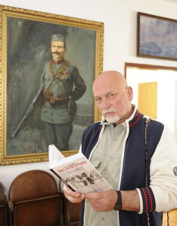 Foto Z. Jovanović Milovan Lukić, kraj slike Vladimira Fijata