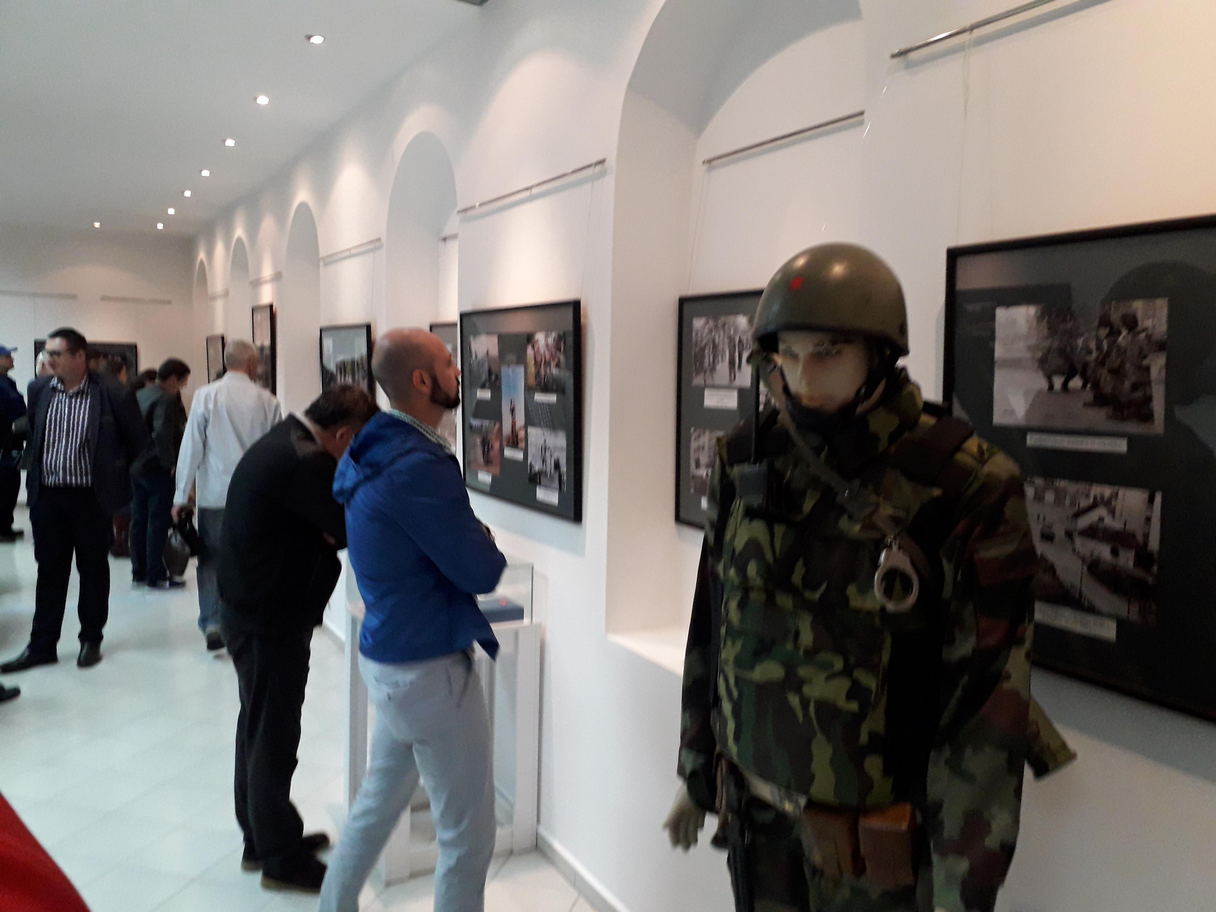 Gradiška - otvorena izložba o ratnom putu Prvog bataljona vojne policije Foto: SRNA