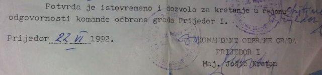 """Операција """"Коридор-92"""". Српски борци ослобађају Дервенту, на раменима као ознаку носе бијеле тракице."""