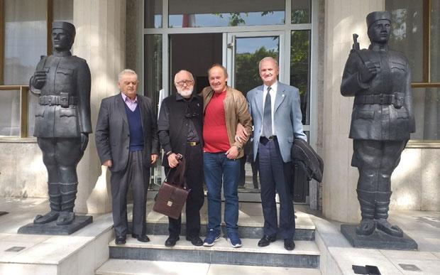 Pukovnik , Milutin Filipović, prota Radmilo Stokić i general Mirko Starčević