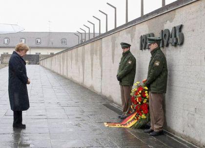 Merkel: Njemačka nanijela beskonačnu patnju Foto: REUTERS