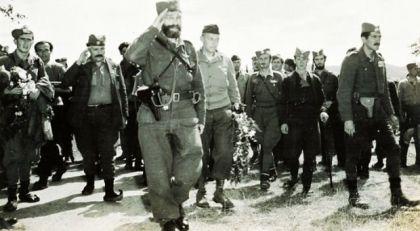 General Dragoljub Draža Mihailović sa saborcima