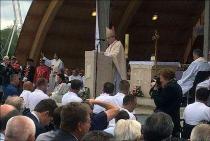 Kardinal Bozanić oduševljen brojem prisutnih