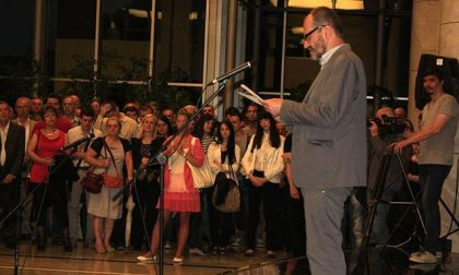 Da se istina o Prebilovcima daleko čuje: Milenko Jahura na Spasovdan, slavu srpske prestonice otvorio izložbu o Prebilovcima koja je održana u Galeriji Narodne banke Srbije