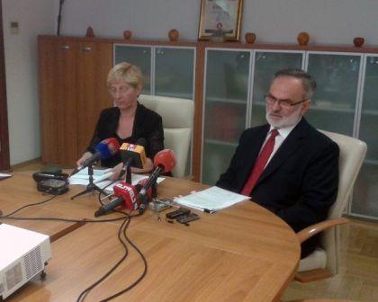 Milica Kotur i Dane Malešević na koferenciji za novinare