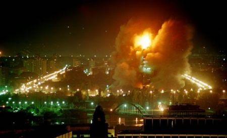 NATO bombarduje civilne ciljeve po Beogradu 1999. godine