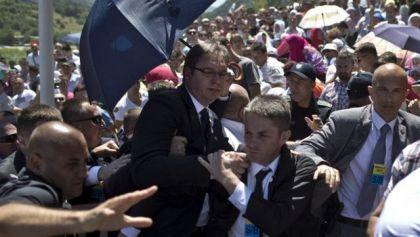 Napad na premijera Srbije Aleksandra Vučića u Potočarima