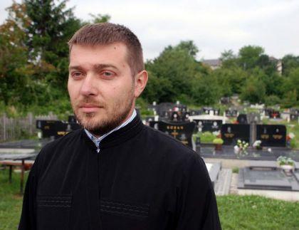 Paroh blažujski jerej Darko Danilović