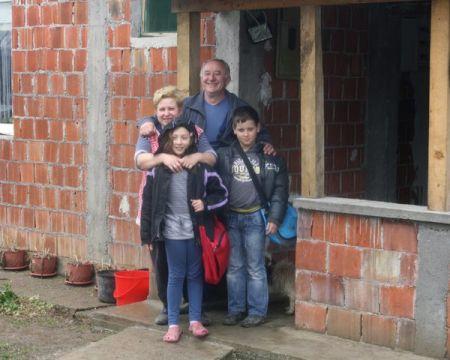 Petko Miletić sa porodicom