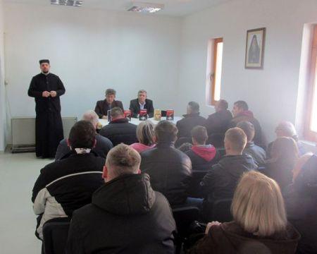 Promovisan roman Srpsko srce Johanovo u Srebrenici