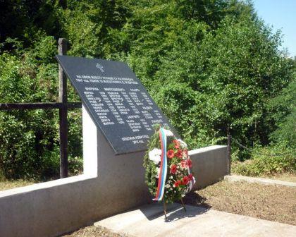 Spomen ploča stradalim Srbima u Donjem Vodičevu kod Novog Grada