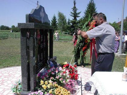 Spomenik poginulim borcima VRS u Rogoljima kod Gradiške