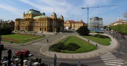 Trg maršala Tita u Zagrebu na kojem je zgrada HNK