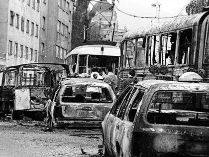 Uništena kolona vozila JNA u Dobrovoljačkoj ulici