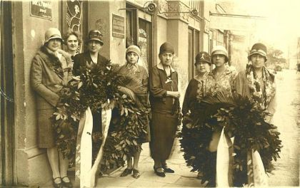 Venci drustva Kneginje Ljubice na pogrebu Kralja Aleksandra 1934