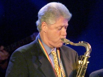 https://jadovno.com/tl_files/ug_jadovno/img/otadzbinski_rat/nove/clinton-jazz1.jpg