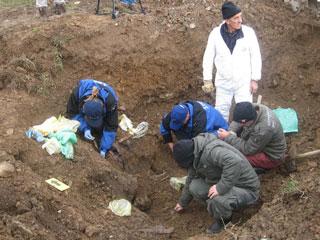 https://jadovno.com/tl_files/ug_jadovno/img/otadzbinski_rat/nove/oluja-ekshumacija.jpg