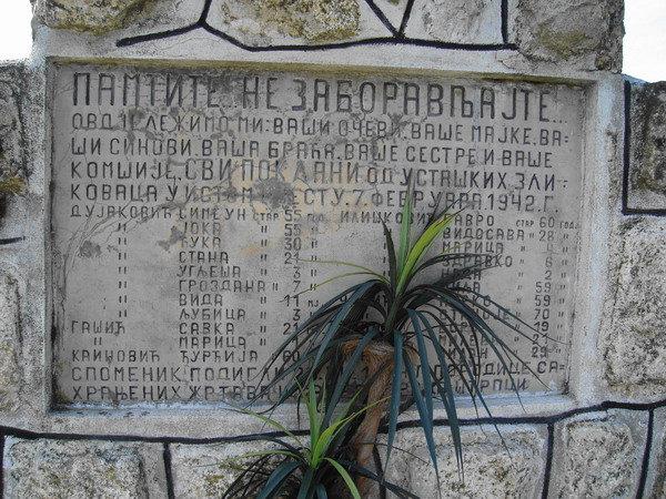 Spomenik u selu Štrpci, zaselak Ganinci