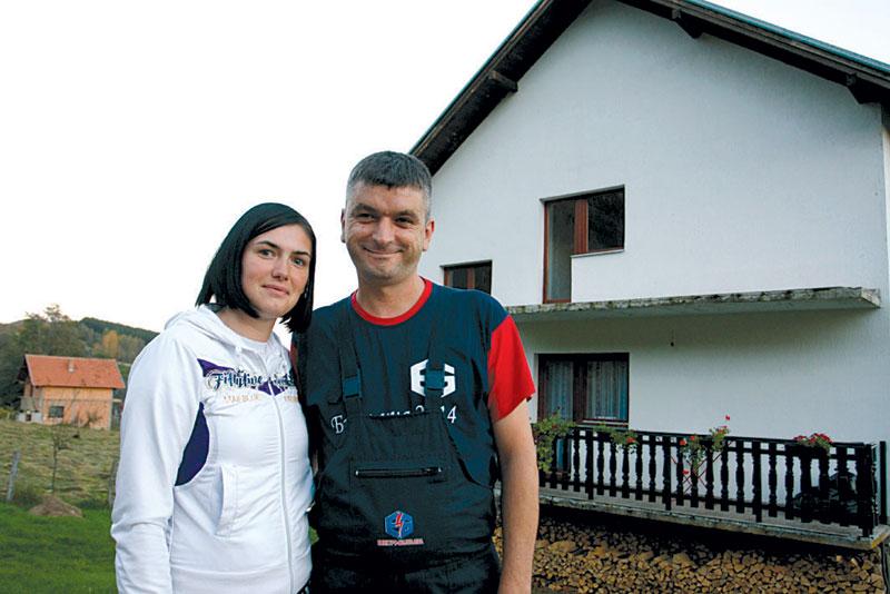 https://jadovno.com/tl_files/ug_jadovno/img/otadzbinski_rat_novo/2014/Jelena-i-Cvetko-Ristic.jpg