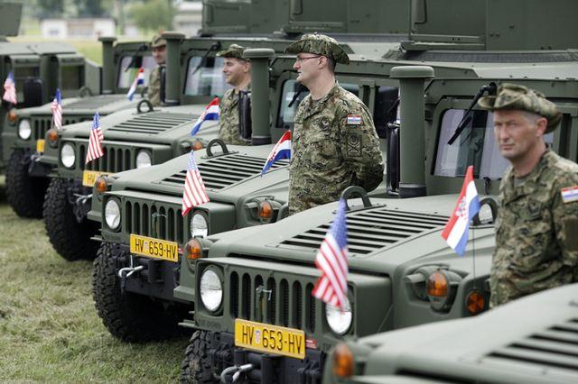 https://jadovno.com/tl_files/ug_jadovno/img/otadzbinski_rat_novo/2014/hrvatska_vojska.jpg