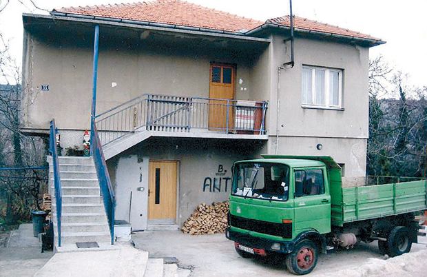 Hrvatska mi otela kuću i stan u Kninu!