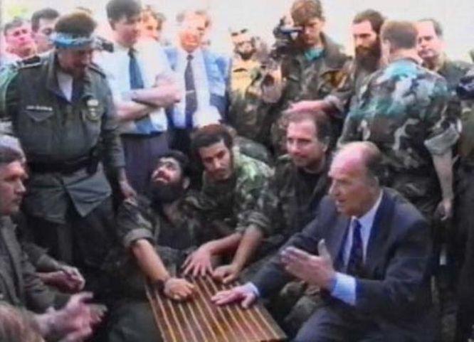 Alija Izetbegović sa vođama odreda ''El mudžahedin''