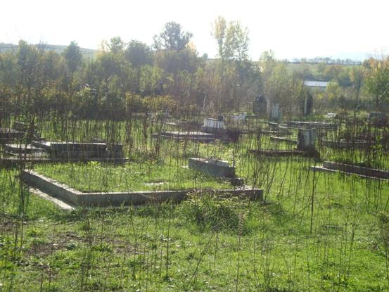 https://jadovno.com/tl_files/ug_jadovno/img/preporucujemo/2012/devastirano-groblje-djakovica.jpg