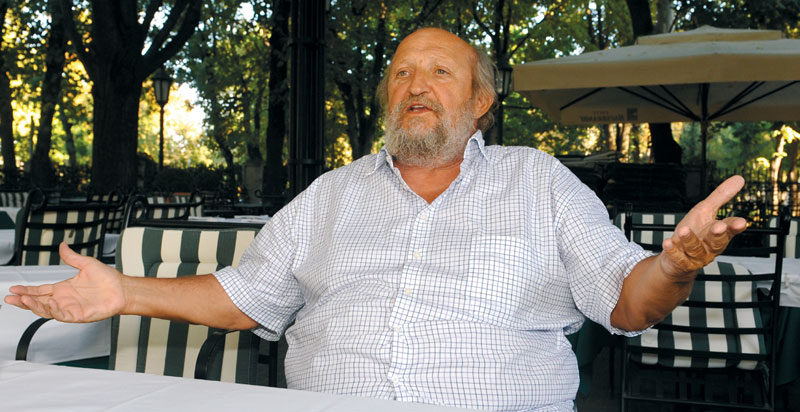 Петар Божовић