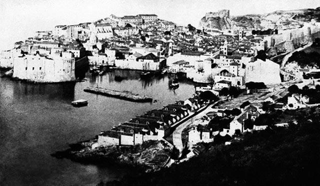 https://jadovno.com/tl_files/ug_jadovno/img/preporucujemo/2014/Dubrovnika_prije_1873.jpg