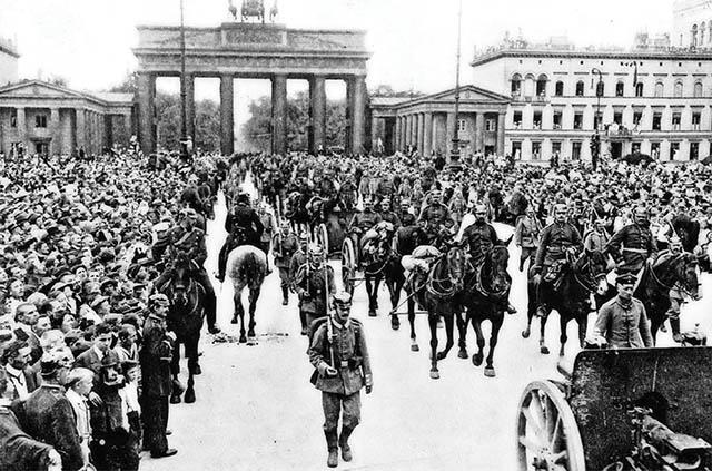 https://jadovno.com/tl_files/ug_jadovno/img/preporucujemo/2014/berlin-branderburg-1914.jpg