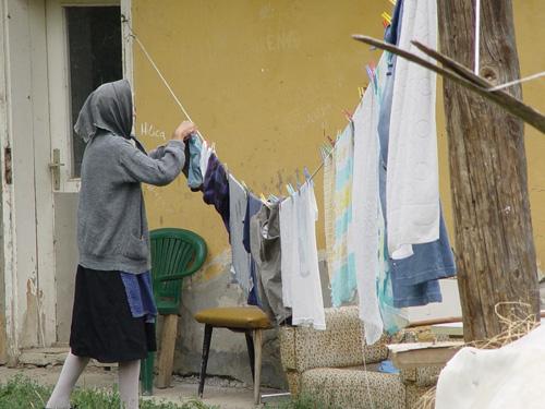 https://jadovno.com/tl_files/ug_jadovno/img/preporucujemo/2014/izbeglice-un.jpg