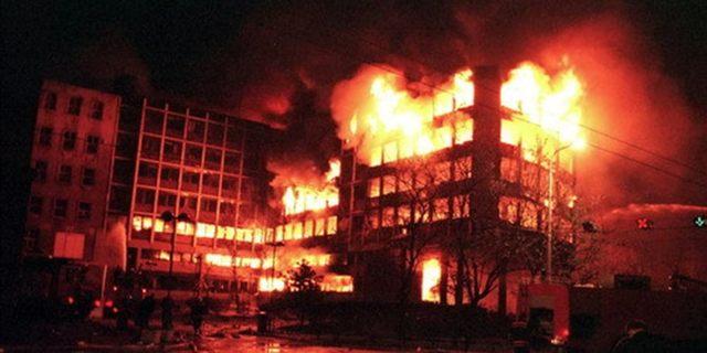 https://jadovno.com/tl_files/ug_jadovno/img/preporucujemo/2015/Bombardovanje_zgrade_RTS-a.jpg
