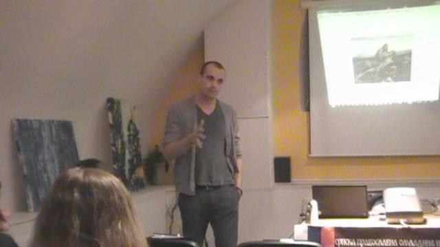 Na slici: Predavač Marko Miloradović tokom predavanja