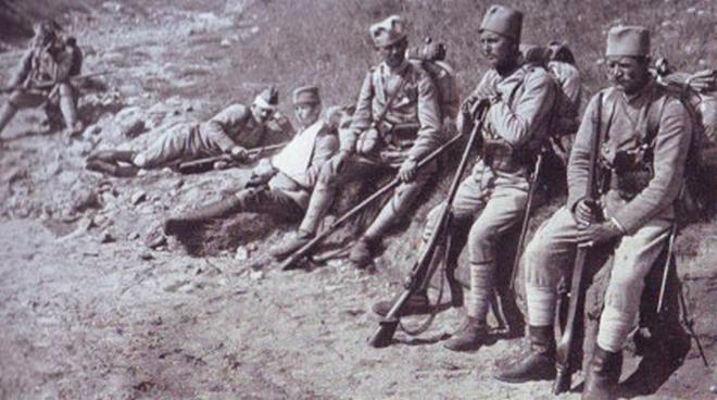 https://jadovno.com/tl_files/ug_jadovno/img/prvi_svjetski_rat/vojnici-srbi-I-svjetski-rat.jpg