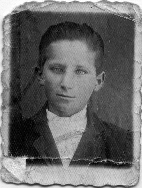 Milan Bastašić, fotografija iz legitimacije ustaške uzdanice, 1941. godina