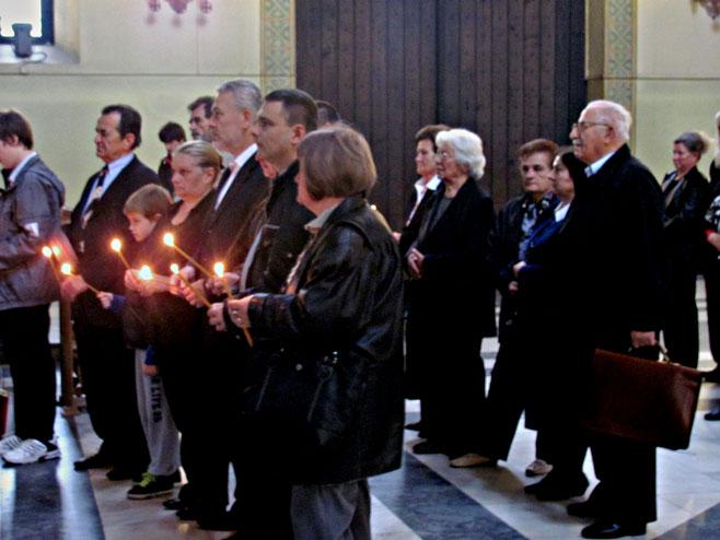 У цркви Светог Марка у Београду служен jе парастос страдалим Србима у Грубишном пољу и источноj Билогори од 1991. до 1997. године