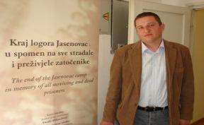 https://jadovno.com/tl_files/ug_jadovno/img/stratista/jasenovac/jasenovac-izlozba-zagreb.jpg