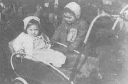 Jewish children being sent to Jasenovac