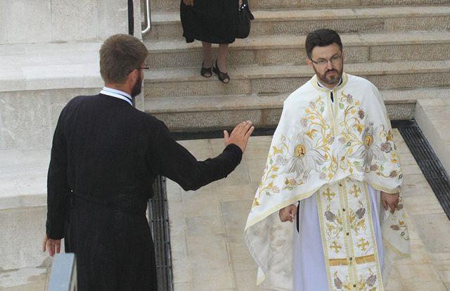 Gde ja stadoh ti produži: Do prošle godine paroh čapljinski sada bićećki otac Danilo Boro (desno) i Marko Gojačić