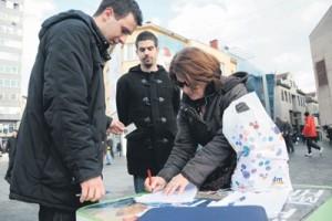 Хрвати потписују петицију
