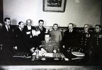 Potpisivanje sporazuma Jugoslavije i SSSR u Moskvi 1945. godine.Foto: lj.rossia.org