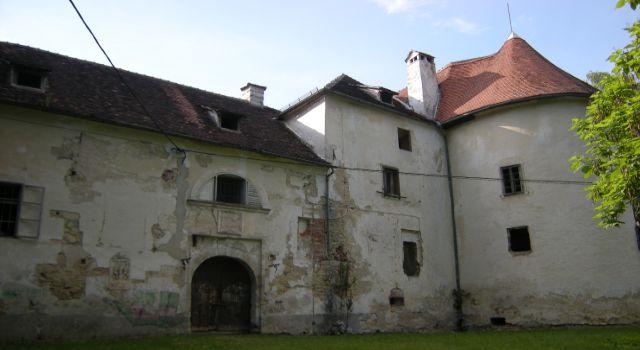 Dvorac_iz_bliza
