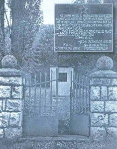 Nekadašnji spomenik žrtvama u Prologu